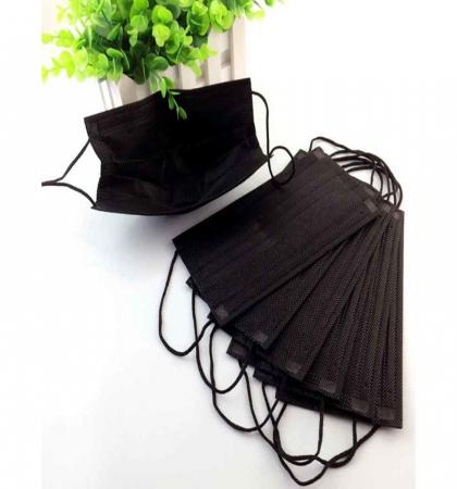 Маска одноразовая чёрная трехслойная на резинке 50 шт